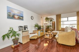 "Photo 4: 902 615 BELMONT Street in New Westminster: Uptown NW Condo for sale in ""Belmont Tower"" : MLS®# R2448303"