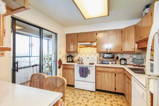 "Photo 16: 902 615 BELMONT Street in New Westminster: Uptown NW Condo for sale in ""Belmont Tower"" : MLS®# R2448303"