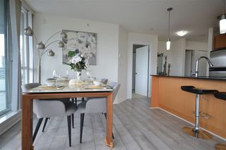 Photo 7: 1606 4888 BRENTWOOD Drive in Burnaby: Brentwood Park Condo for sale (Burnaby North)  : MLS®# R2469043