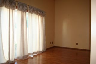 Photo 3: 5212 146 Avenue in Edmonton: Zone 02 Townhouse for sale : MLS®# E4212286