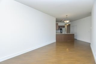 "Photo 17: 309 19830 56 Avenue in Langley: Langley City Condo for sale in ""ZORA"" : MLS®# R2493036"