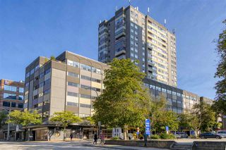 """Main Photo: 803 615 BELMONT Street in New Westminster: Uptown NW Condo for sale in """"BELMONT TOWER"""" : MLS®# R2496117"""
