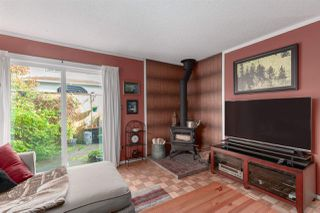 "Photo 4: 1 39752 GOVERNMENT Road in Squamish: Northyards Townhouse for sale in ""Mountain View Manor"" : MLS®# R2509017"