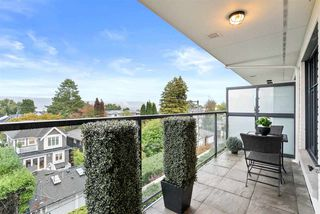 "Photo 2: 310 4355 W 10TH Avenue in Vancouver: Point Grey Condo for sale in ""IRON & WHYTE"" (Vancouver West)  : MLS®# R2510106"