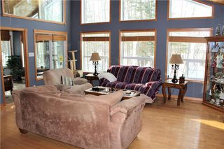 Photo 2: 22 St Andrews View in Traverse Bay: Grand Pines Golf Course Residential for sale (R27)  : MLS®# 202027370