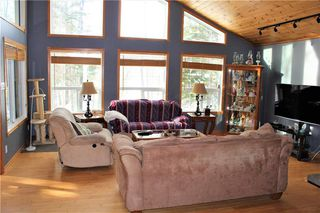 Photo 3: 22 St Andrews View in Traverse Bay: Grand Pines Golf Course Residential for sale (R27)  : MLS®# 202027370
