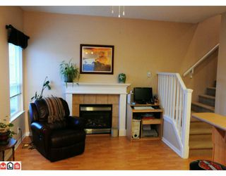 "Photo 2: 117 33751 7TH Avenue in Mission: Mission BC Townhouse for sale in ""HERITAGE PARK"" : MLS®# F1003770"