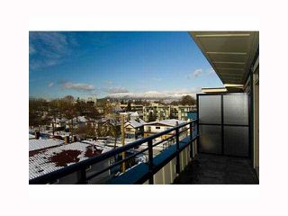 "Photo 10: PH11 688 E 17TH Avenue in Vancouver: Fraser VE Condo for sale in ""MONDELLA"" (Vancouver East)  : MLS®# V818612"
