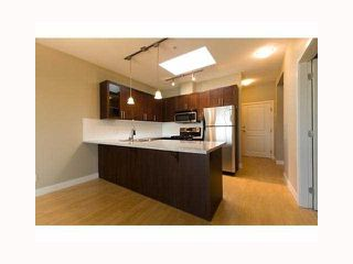 "Photo 3: PH11 688 E 17TH Avenue in Vancouver: Fraser VE Condo for sale in ""MONDELLA"" (Vancouver East)  : MLS®# V818612"