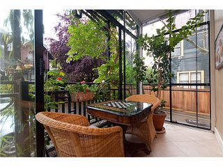 """Photo 8: 124 W 10TH Avenue in Vancouver: Mount Pleasant VW Townhouse for sale in """"ISIS PLACE"""" (Vancouver West)  : MLS®# V833030"""