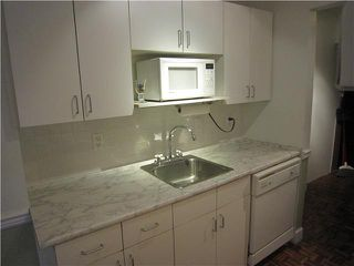 "Photo 7: 107 211 W 3RD Street in North Vancouver: Lower Lonsdale Condo for sale in ""Villa Aurora"" : MLS®# V866514"