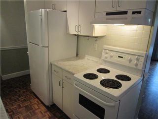 "Photo 8: 107 211 W 3RD Street in North Vancouver: Lower Lonsdale Condo for sale in ""Villa Aurora"" : MLS®# V866514"