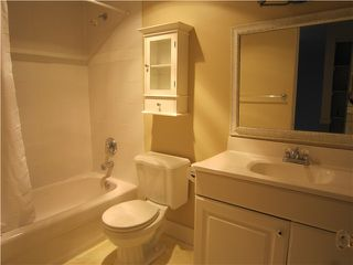 "Photo 6: 107 211 W 3RD Street in North Vancouver: Lower Lonsdale Condo for sale in ""Villa Aurora"" : MLS®# V866514"