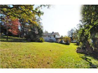 Photo 19: 1420 Simon Rd in VICTORIA: SE Mt Doug Single Family Detached for sale (Saanich East)  : MLS®# 486459