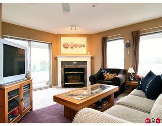 "Photo 3: 440 33173 OLD YALE Road in Abbotsford: Central Abbotsford Condo for sale in ""SOMMERSET RIDGE"" : MLS®# F2906212"