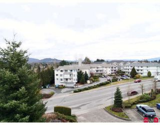 "Photo 10: 440 33173 OLD YALE Road in Abbotsford: Central Abbotsford Condo for sale in ""SOMMERSET RIDGE"" : MLS®# F2906212"