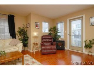 Photo 16: 104 842 Brock Avenue in VICTORIA: La Langford Proper Townhouse for sale (Langford)  : MLS®# 264507