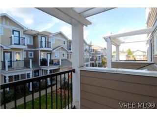 Photo 9: 104 842 Brock Avenue in VICTORIA: La Langford Proper Townhouse for sale (Langford)  : MLS®# 264507