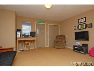 Photo 6: 104 842 Brock Avenue in VICTORIA: La Langford Proper Townhouse for sale (Langford)  : MLS®# 264507
