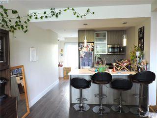 Photo 5: 201 960 Yates Street in VICTORIA: Vi Downtown Condo Apartment for sale (Victoria)  : MLS®# 413356