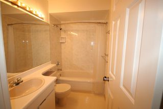 Photo 6: 1199 W 7th Avenue in Marina Place: Home for sale : MLS®# v722197