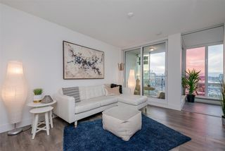 "Photo 2: 1409 1788 COLUMBIA Street in Vancouver: False Creek Condo for sale in ""Epic at West"" (Vancouver West)  : MLS®# R2392931"