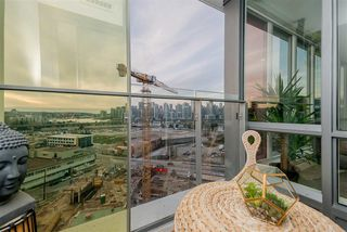 "Photo 16: 1409 1788 COLUMBIA Street in Vancouver: False Creek Condo for sale in ""Epic at West"" (Vancouver West)  : MLS®# R2392931"