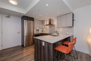 "Photo 6: 1409 1788 COLUMBIA Street in Vancouver: False Creek Condo for sale in ""Epic at West"" (Vancouver West)  : MLS®# R2392931"