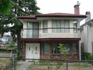 "Main Photo: 1727 E 29TH Avenue in Vancouver: Victoria VE House for sale in ""Victoria"" (Vancouver East)  : MLS®# R2400685"