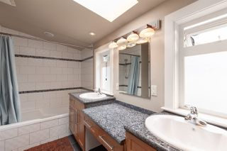 """Photo 12: 2342 E 28TH Avenue in Vancouver: Victoria VE House for sale in """"Norquay"""" (Vancouver East)  : MLS®# R2401370"""