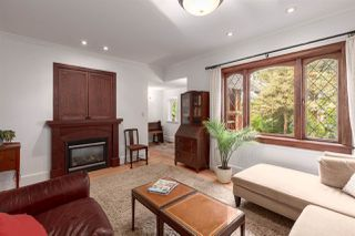 """Photo 3: 2342 E 28TH Avenue in Vancouver: Victoria VE House for sale in """"Norquay"""" (Vancouver East)  : MLS®# R2401370"""