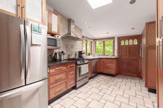 """Photo 5: 2342 E 28TH Avenue in Vancouver: Victoria VE House for sale in """"Norquay"""" (Vancouver East)  : MLS®# R2401370"""