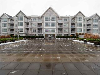 "Photo 1: 406 3122 ST JOHNS Street in Port Moody: Port Moody Centre Condo for sale in ""SONRISA"" : MLS®# R2426906"