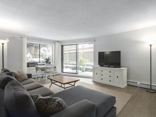 "Photo 2: 114 1844 W 7TH Avenue in Vancouver: Kitsilano Condo for sale in ""CRESTVIEW MANOR"" (Vancouver West)  : MLS®# R2427922"