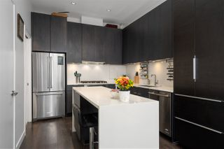 "Photo 11: 141 E 1ST Avenue in Vancouver: Mount Pleasant VE Townhouse for sale in ""Block 100"" (Vancouver East)  : MLS®# R2440709"