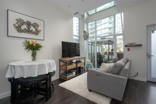 "Photo 8: 141 E 1ST Avenue in Vancouver: Mount Pleasant VE Townhouse for sale in ""Block 100"" (Vancouver East)  : MLS®# R2440709"