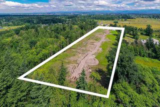 Photo 3: 22188 40 Avenue in Langley: Murrayville House for sale : MLS®# R2457528