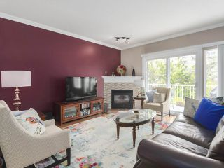 """Photo 6: 17 1765 PADDOCK Drive in Coquitlam: Westwood Plateau Townhouse for sale in """"Worthing Green"""" : MLS®# R2470789"""