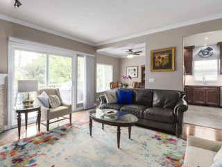 """Photo 5: 17 1765 PADDOCK Drive in Coquitlam: Westwood Plateau Townhouse for sale in """"Worthing Green"""" : MLS®# R2470789"""