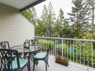"""Photo 9: 17 1765 PADDOCK Drive in Coquitlam: Westwood Plateau Townhouse for sale in """"Worthing Green"""" : MLS®# R2470789"""
