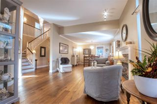 """Photo 3: 16866 60A Avenue in Surrey: Cloverdale BC House for sale in """"Parkview Terrace"""" (Cloverdale)  : MLS®# R2515291"""