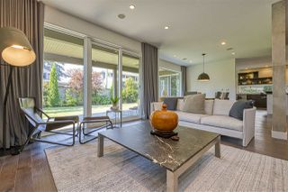 Photo 1: 3285 COLWOOD Drive in North Vancouver: Edgemont House for sale : MLS®# R2518978