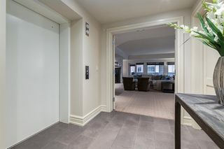 Photo 2: 203 600 Princeton Way SW in Calgary: Eau Claire Apartment for sale : MLS®# A1059029