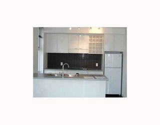"""Photo 2: 1806 602 CITADEL PARADE BB in Vancouver: Downtown VW Condo for sale in """"Spectrum 4"""" (Vancouver West)  : MLS®# V787402"""