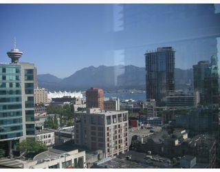 """Photo 6: 1806 602 CITADEL PARADE BB in Vancouver: Downtown VW Condo for sale in """"Spectrum 4"""" (Vancouver West)  : MLS®# V787402"""