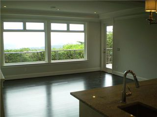 Photo 10: 4825 SKYLINE Drive in North Vancouver: Canyon Heights NV House for sale : MLS®# V809796