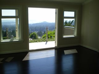 Photo 5: 4825 SKYLINE Drive in North Vancouver: Canyon Heights NV House for sale : MLS®# V809796