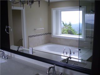 Photo 11: 4825 SKYLINE Drive in North Vancouver: Canyon Heights NV House for sale : MLS®# V809796