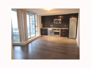 """Photo 3: 2201 918 COOPERAGE Way in Vancouver: False Creek North Condo for sale in """"THE MARINER"""" (Vancouver West)  : MLS®# V816816"""