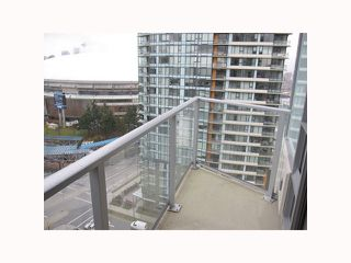 """Photo 9: 2201 918 COOPERAGE Way in Vancouver: False Creek North Condo for sale in """"THE MARINER"""" (Vancouver West)  : MLS®# V816816"""